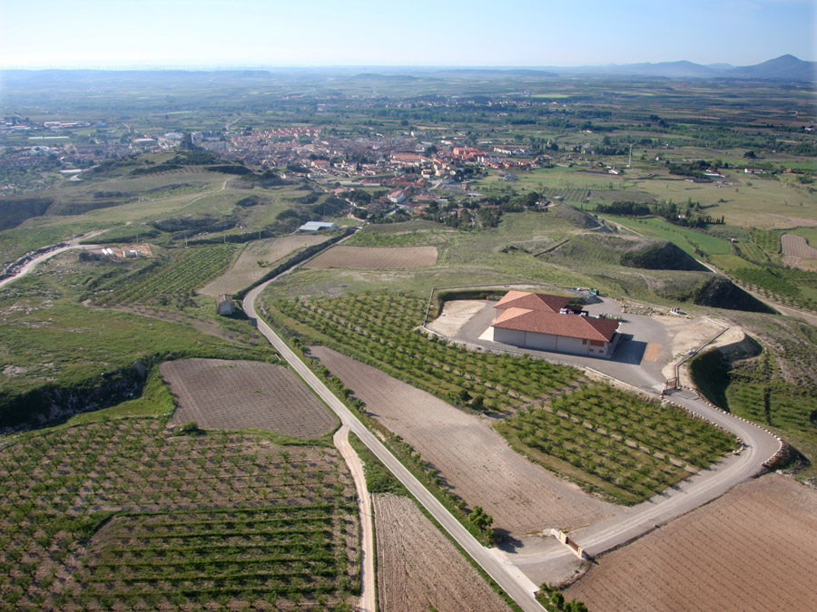 Bodega Alto Moncayo and Borja city